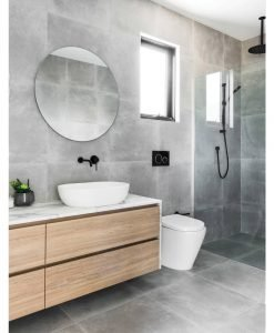 Signature-Tyler-Polished-Edge-Round-Bathroom-Mirror