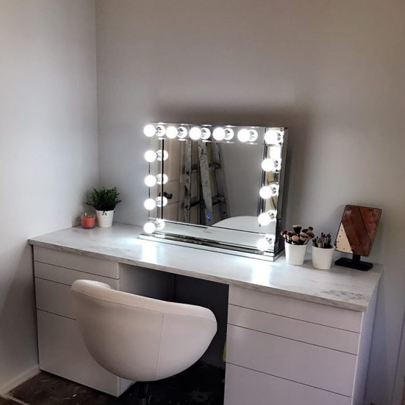 Lumiere Hollywood makeup vanity Luxe Mirrors
