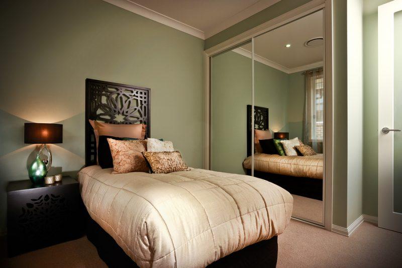 Mirrored Wardrobe Doors Bedroom